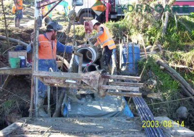 directional-drilling-laying-pipe-2003